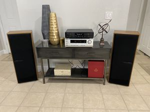 VINTAGE KENWOOD JL-703 SPEAKERS ONKYO TX-SR303 RECEIVER CD PLAYER,TABLE AND DISPLAY NOT INCLUDED. for Sale in Henderson, NV