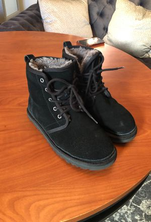 Ugg boots Men's size 9 for Sale in Chicago, IL