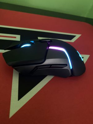 Steelseries Rival 650 Wireless And Faze Mouse Pad for Sale in Painesville, OH