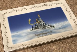 "Authentic Collectible Walt Disney World ""Where Dreams Come True"" Platter Plate for Sale in Riverview, FL"