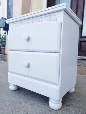 Beautiful PURE WHITE Shabby Chic 2 Drawers Drawer Chest Bedside End Table Nightstand Night Stand for Sale in Monterey Park, CA