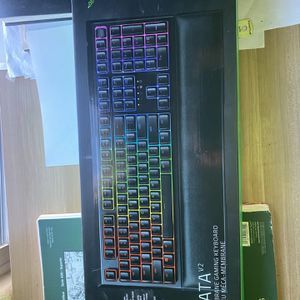 Razor Mechanical Keyboard And Microphone for Sale in Las Vegas, NV