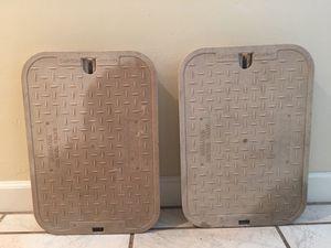 2 Valve Box Covers for Sale in Phoenix, AZ