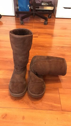 Ugg Classic Tall Boots for Sale in Valrico, FL
