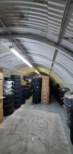 Buying Oem factory wheels rims BMW Tesla Mercedes Porsche Ferrari Audi Range Rover for Sale in Costa Mesa, CA