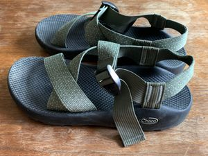 Chaco Z/Cloud (wide strap) - M 10 for Sale in Los Angeles, CA