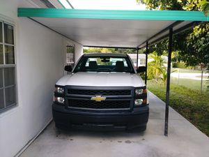 Chevy Silverado 2014 for Sale in Biscayne Park, FL