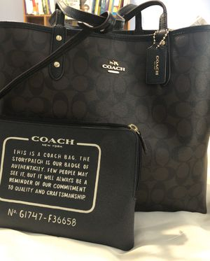 Reversible Coach tote brown/black for Sale in Fort Worth, TX