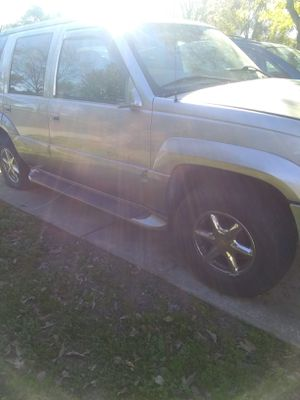 Cadillac Escalade truck for Sale in Antioch, CA