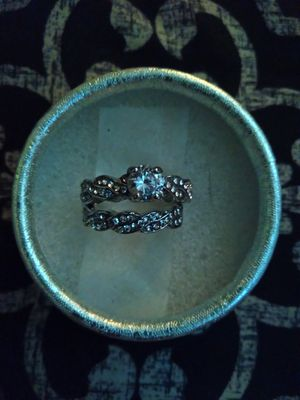 WEDDING RING BRIDAL SET for Sale in Corona, CA
