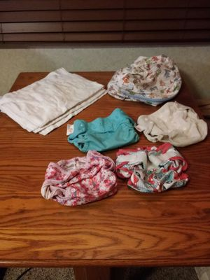 Cloth diapers, covers, and wet bag for Sale in Brooksville, FL