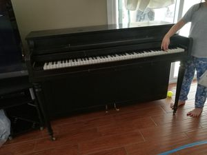 Black piano for Sale in Glendora, CA