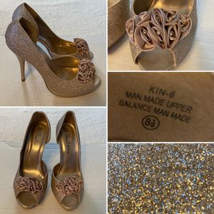 De Blossom Collection Heels (Size: 8.5, Color: Nude Glitter, Style: Peep Toe Platform Heel) - $10 for Sale in Vandergrift, PA