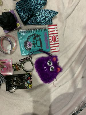 Girls Accessory Lot #9 for Sale in Painesville, OH