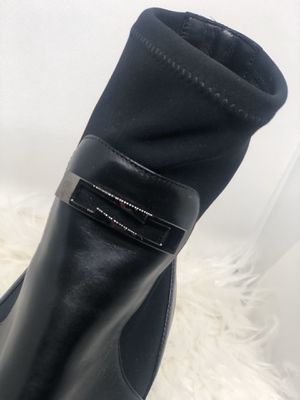 Black Boots for sale! Size 10 Never worn, great condition for Sale in Upper Marlboro, MD