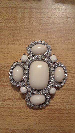 Women's brooch for Sale in Las Vegas, NV