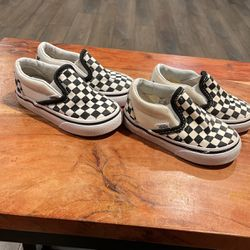 4.5C And 5C Toddler Checker Slip Ons for Sale in Cerritos,  CA