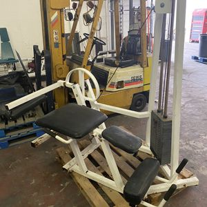 Leg Extensión Leg Curl Machine Gym Equipment for Sale in Miami, FL