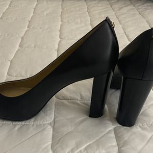 Michael Kors Leather Heels for Sale in Ceres, CA