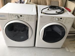 Great condition Kenmore washer and Dryer working good for Sale in Pompano Beach, FL