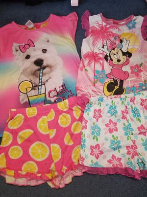 Girls pajamas size 6/6X for Sale in Round Lake Beach, IL