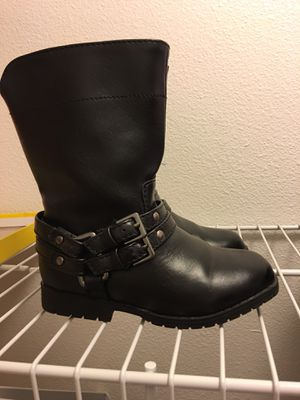 Boots size 8 new for Sale in Kent, WA