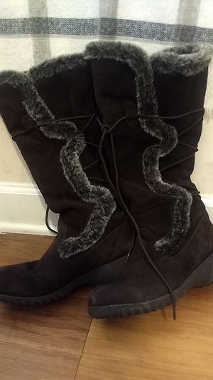 Leather boots size 8M for Sale in Alexandria, VA