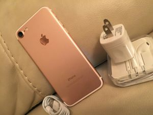 iPhone 7, 32GB - excellent condition, factory unlocked, clean IMEI for Sale in Springfield, VA