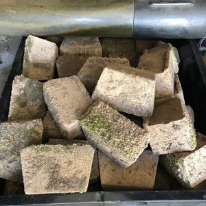 Retaining Wall Bricks Lot 40-50 for Sale in West Hartford, CT