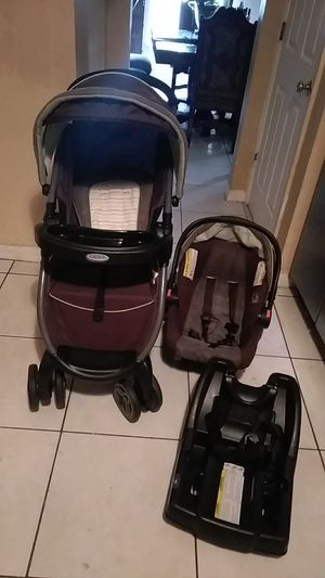 Graco Baby Car Seat, Stroller, and Base for Sale in Port St. Lucie, FL