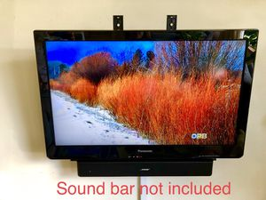 Panasonic TC-L32C3 32 inch TV for Sale in Portland, OR