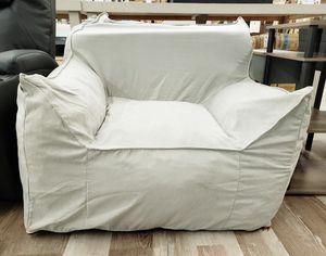 NEW Kids Grey Microfiber Foam Chair: njft for Sale in Burlington, NJ