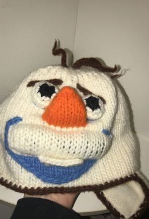 Knitted Olaf hat for Sale in STELA NIAGARA, NY