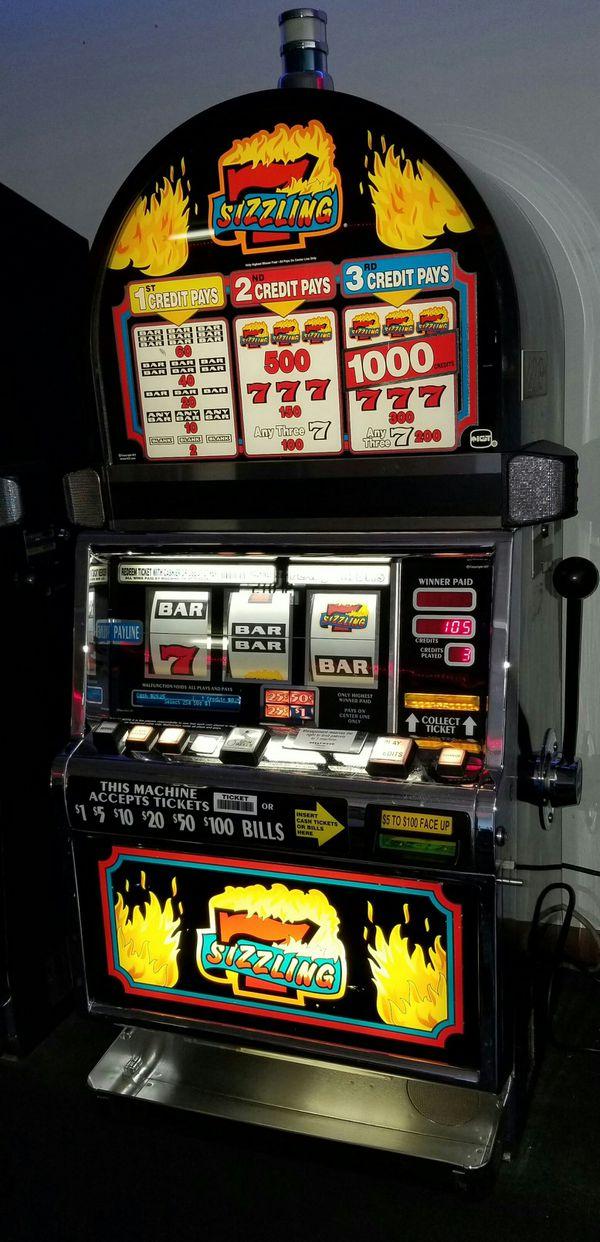 Super 7s Slot Machine