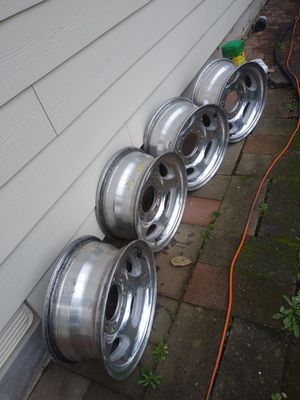 Ford 250 1997 Tire Rims for Sale in Everett, WA