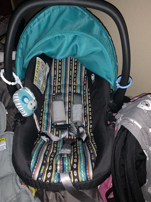 Baby car seat/stroller combo for Sale in Dallas, TX