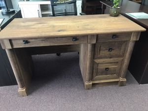 Log finish desk for Sale in Lexington, SC