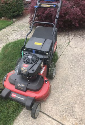 Toro 30 inch comm like new 3 weeks old for Sale in Levittown, NY