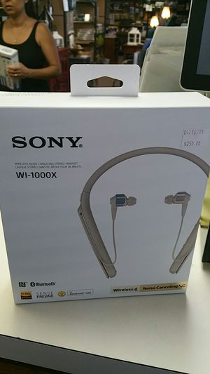 Sony headphones brand new for Sale in Bakersfield, CA