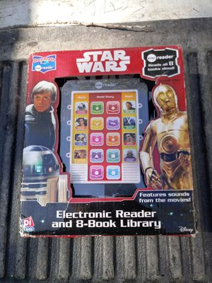 Star Wars 8 book reader for Sale in Fort Worth, TX