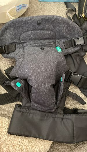 Infantino Baby Carrier for Sale in Parma Heights, OH