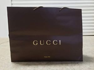 XLarge Gucci Shopping bag for Sale in Seattle, WA