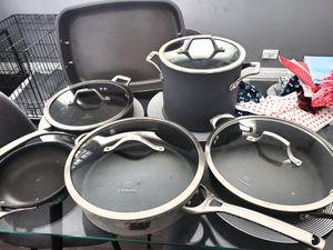 9 Piece Calphalon Cookware Set for Sale in Hoffman Estates, IL