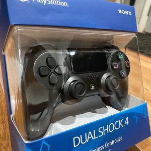 PS4 Controller (sealed) for Sale in Fresno, CA