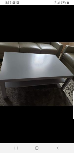 Coffee table for Sale in Queens, NY
