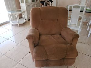 Couch Recliner for Sale in Miami, FL