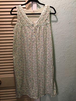 """Secret Treasures"" 2 sleeveless nightgowns, green & lavender with flowers Medium for Sale in La Mirada, CA"