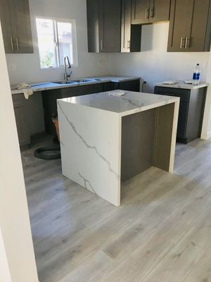 Kitchen Cabinets Grey Shaker for Sale in Los Angeles, CA