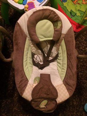 Baby swing and rocker for Sale in Warrenton, VA