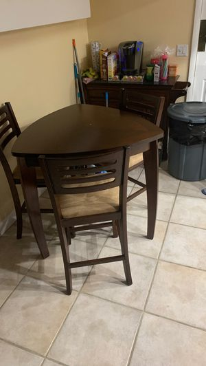 Fairly new wood kitchen table for Sale in Tampa, FL